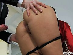 Stunning babe Lyen Parker is butt fucked hard by her boss