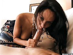 Amazingly sexy hussy does lewd things and then takes pop shot on her nice face