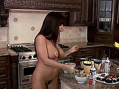Lisa Ann is one of the hottest Milfs in all of porn