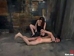 Kendra James is gonna punish naughty boy Richie Rennt. She binds the man and makes him suck her strapon and then smashes his tight butt from behind.