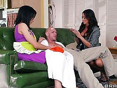 Chica and Johnny Sins know that ass fucking is always satisfying after she gets her mouth banged