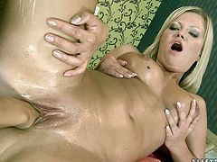 These lesbians are horny as hell. Blonde sexpot Sunny Diamond spreads her legs wide indicating how bad she wants her her GF to fist her snatch.