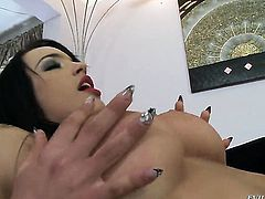 Ian Scott wants to drill eye-popping Naomi Ss wet pussy forever