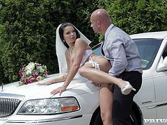 Extravagant bride Victoria Blaze gets doggyfucked over the limousine