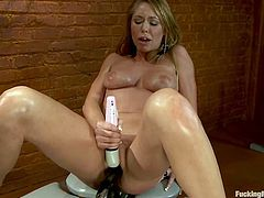 This sizzling and super naughty babe Brynn Tyler is having a synthetic anal sex with a fucking machine. It goes deep and fucking rough on that desirable muff!