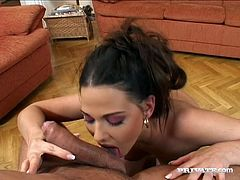 Insatiable whore Simony Diamond gives her lover a nice blowjob