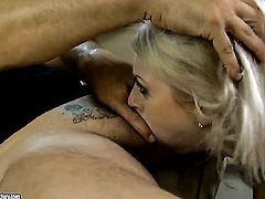 Blonde Isabella Clark is ready to fuck day and night to get anal satisfaction