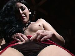 Kimberly Gates needs nothing but a vibrator in her love hole to get orgasm