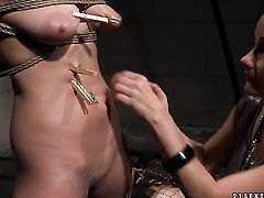 Mature Carrmen with gigantic breasts gets her soaking wet cunt eaten by lesbian Katy Parker