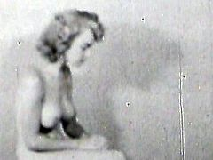 Big tits blonde babe amazes with her sexy forms during top vintage solo session