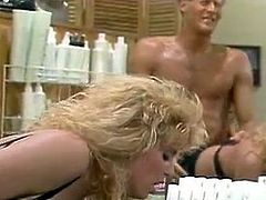 Horny dude fucks hair dresser without mercy doggy style position in front of the mirror.Enjoy watching hot and top rated sex tube video from The Classic Porn archive.