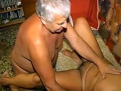 Look how old couple get laid. Skanky fat granny gives blowjob to her old lover and gets her wet hairy cunt licked before getting drilled with her legs wide open.
