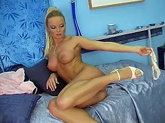 Divine blond siren Silvia Saint is so horny