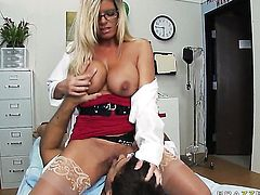 Ramon gets seduced by Kristal Summers with massive breasts and then drills her pussy