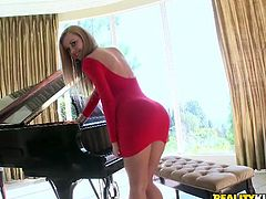 Jessie Rogers ends her piano lessons a bit early to have fun with her teacher's big cock in this hardcore scene.