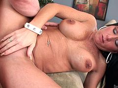 Kendra is hard to please but her guy gives her best in order to make this sensual whore squirt. He offers her his big, hard penis for some sucking and then drills her pussy in sideways position. Maybe she needs more, like a finger in the ass!