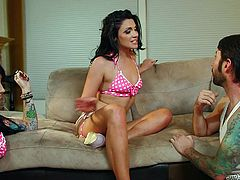 Tommy is damn lucky! He's having two brunette beauties in this room and they are both horny. The babes have no inhibitions and one of them spreads her long sexy legs widely to get licked. Tommy eats her pussy and then the other hottie joins in. Wanna see them in full action?