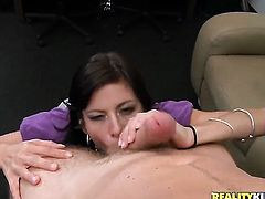 Mature Alexis Fawx enjoys Levi Cashs thick hard sausage in her juicy mouth