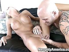 Derrick Pierce stretches lovely Mckenzee Miless snatch with his erect sausage to the limit
