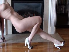 Sensual beauty Carlotta Champagne likes to impress while undulating her sexy nude forms
