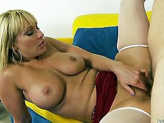 Mellanie Monroe shows off her hot body while getting her mouth banged by Jerry