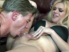 Oral pleasures with a juicy blond shemale. She leans back on the couch and he starts tickling her penis with his tongue! Fag loves sucking.