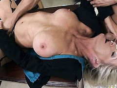 Johnny Sins loves always wet warm love hole of Gorgeously sexy goddess Emma Starr with big jugs