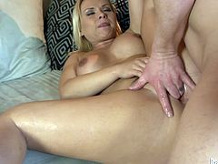 She is so beautiful and so fucking amazing! Babe gets a thick cock and it's going to make her stun out loud. Orgasmic melodies.