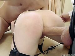 See the naughty and wild brunette belle Samantha Bentley getting her mouth stuffed with a huge cock and her shaved slit drilled balls deep into a breathtaking explosion of pleasure.