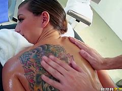 After her ordinary workout Rilynn Rae is ready for a relaxing pussy massage. Her sexy body is all covered in oil and she got her tight pussy stretched like never before.
