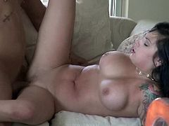 Luscious honey shaves her pussy to be ready for him