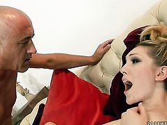 Blonde slut loves to blow and cant say No to her hot fuck buddy