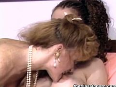 The Classic Porn brings you an exciting free porn video where you can see how two retro belles share hot lesbian pleasures. See them munching and dildoing their sweet cunts.