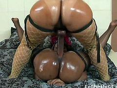 Oily ebony lesbians strapon encounter on the couch right after this naughty interview. They will grease up your day with their fat bodies before the camera.