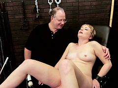 Short-haired blonde mom Nora Skyy spreads her legs wide and shows her snatch to some dude. The man stuffs Nora's vag with a dildo and makes her undergo a raunchy moment.