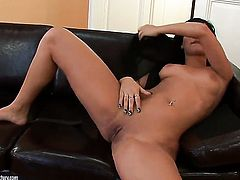 Angel Pink strips down to her bare skin and masturbates on cam