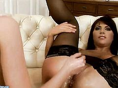 Brunette Bijou has some lesbian sex fantasies to be fulfilled with Nelly Sullivan