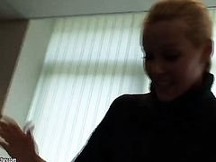 Blonde Sophie Moone spends time fingering her muff