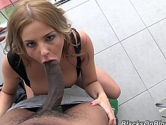 Prepare your cock for this blonde, with gigantic breasts and big nipples, while she gets her asshole destroyed by a enormous dude in a reality clip.
