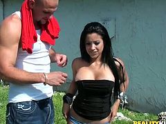 Gorgeous brunette Abella Anderson shows her amazing ass to some dude and favours him with a blowjob. Then they fuck in cowgirl position and Abella moans loudly with pleasure.