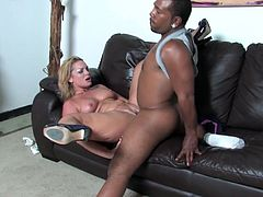 White MILF has pleasurable threesome sex with Black guys