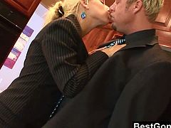 Watch this slutty office girl doing gonzo action with her boss.This blonde big titted babe with lovely bubble butt, gets on her knees to suck that big cock and gets her tight pussy drilled hard from behind.