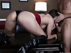 Tori Black gets impaled on boner by Keiran Lee in anal porn action before she takes it in her mouth