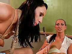 Brunette Mandy Bright with juicy melons takes !news tongue deep in her love tunnel after foreplay