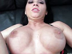Rebeca Linares gives throat job like no other and hard dicked fuck buddy Nacho Vidal knows it