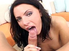 Assy brunette Juelz Ventura is sucking a dick