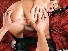 Jack Lawrence cant resist good looking Skylar Prices acttraction and fucks her like crazy
