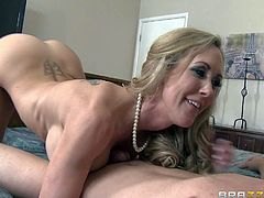 Big racked step-mom Brandi Love fucking hard
