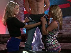 Awesome blondes Heather Starlet and Sheena Shaw wearing stockings are having fun with some dude indoors. They suck his wang remarcably well and then get fucked doggy style.