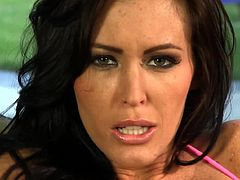 Lusty finger fucking scene by Jenna Presley